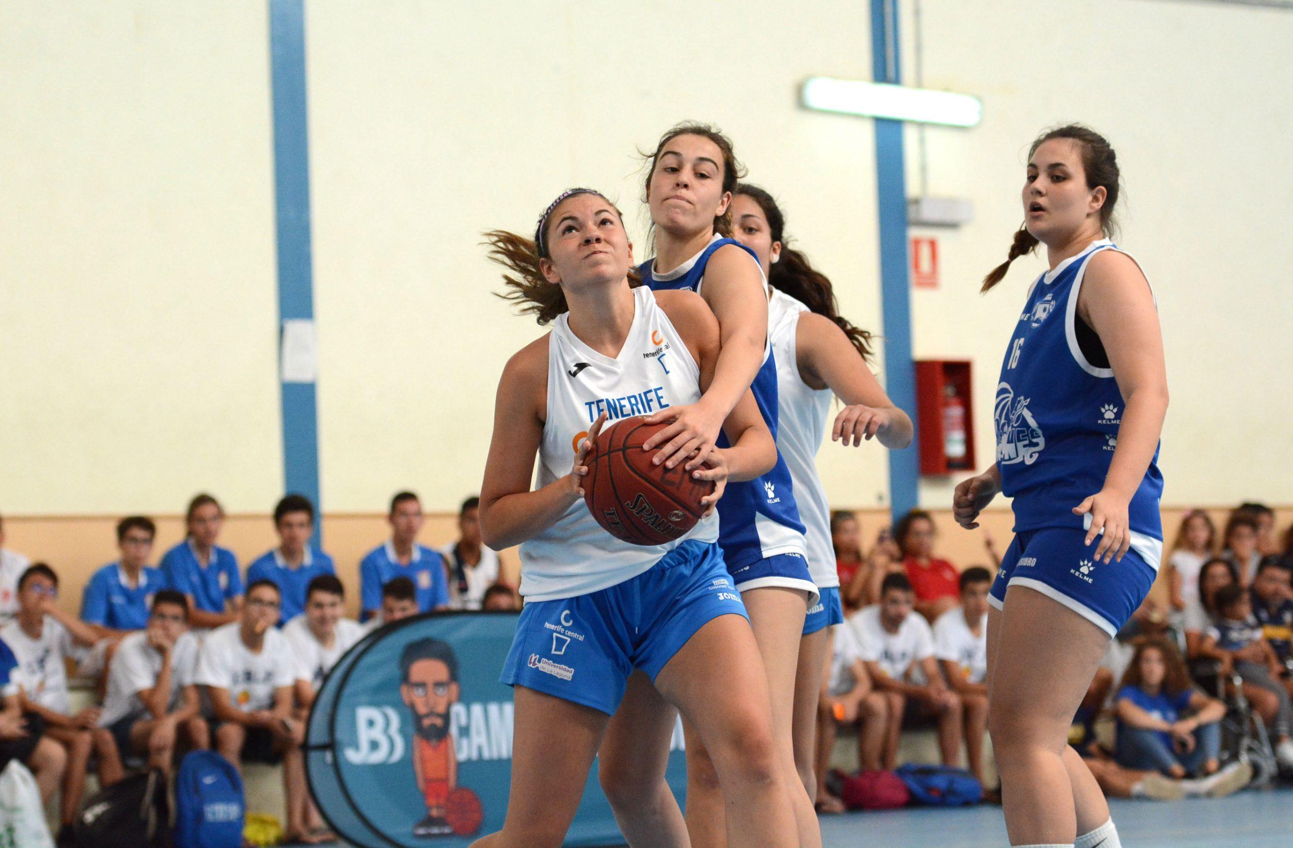 El Torneo San Sebastián de La Gomera inaugura su temporada con el Cadete femenino